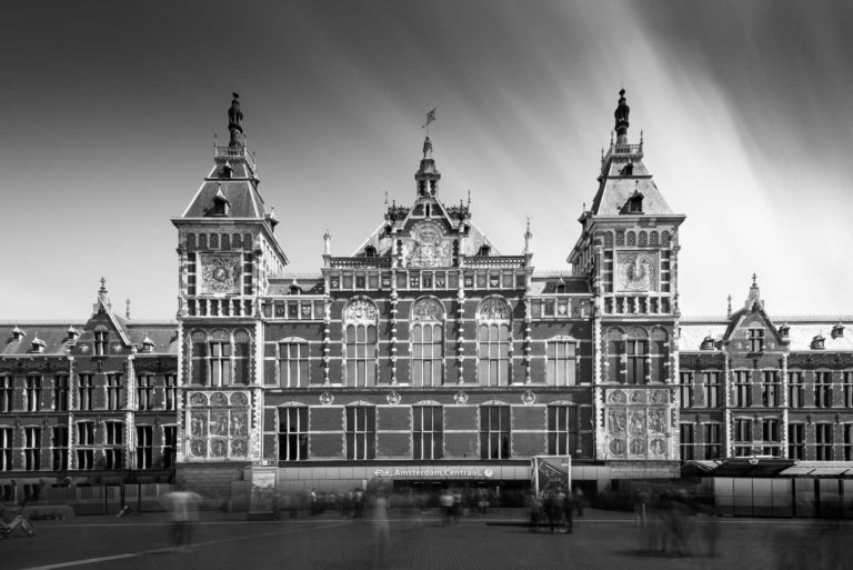 Amsterdam, Central Station, Black and White, Long Exposure, Ivo Kerssemakers, Netherlands, Holland, train station